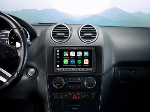 INE-W720ML_Designed-for-Mercedes-ML-GL-with-Apple-CarPlay-compatibility